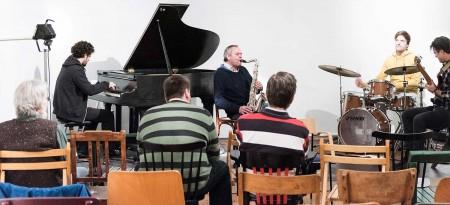 Das ort workshop ensemble bei der  öffentlichen Probe: Stilistisch dominiert  der Free Jazz, aber das kann sich noch ändern
