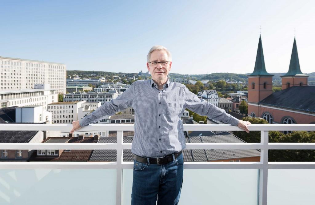 Blick auf Wuppertal: Roland Mönig kennt die Stadt seit seiner Kindheit.